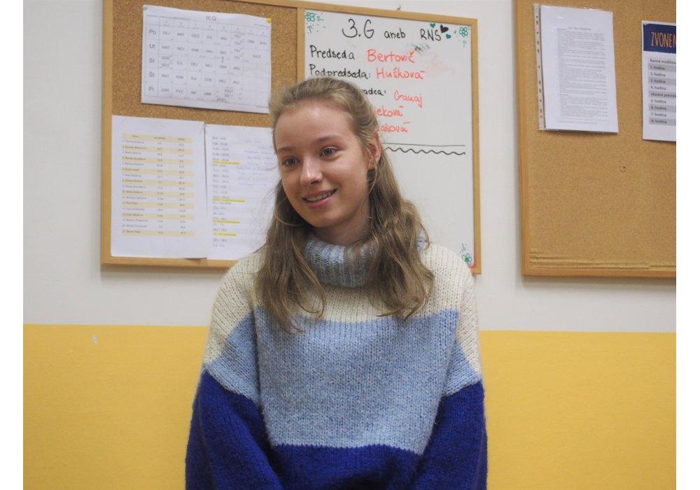 Denisa Fulmeková na besede CR v Malackách - 1