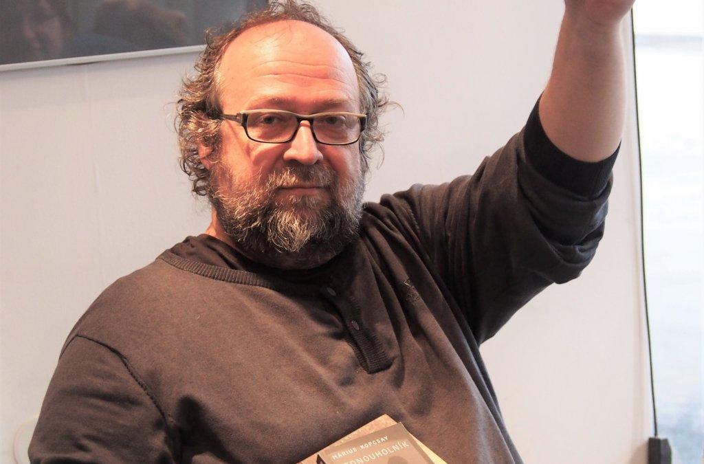 Márius Kopcsay o svojej novej knihe Stena