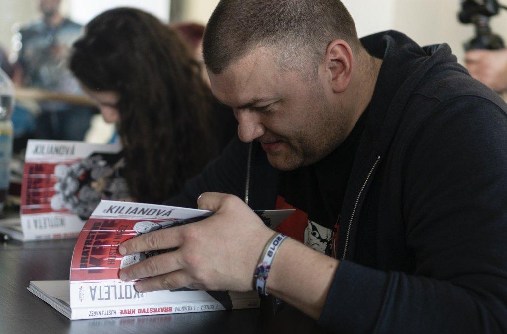 Akčný komiks, bohatierska sága, urban fantasy a slovenský exploitation horror