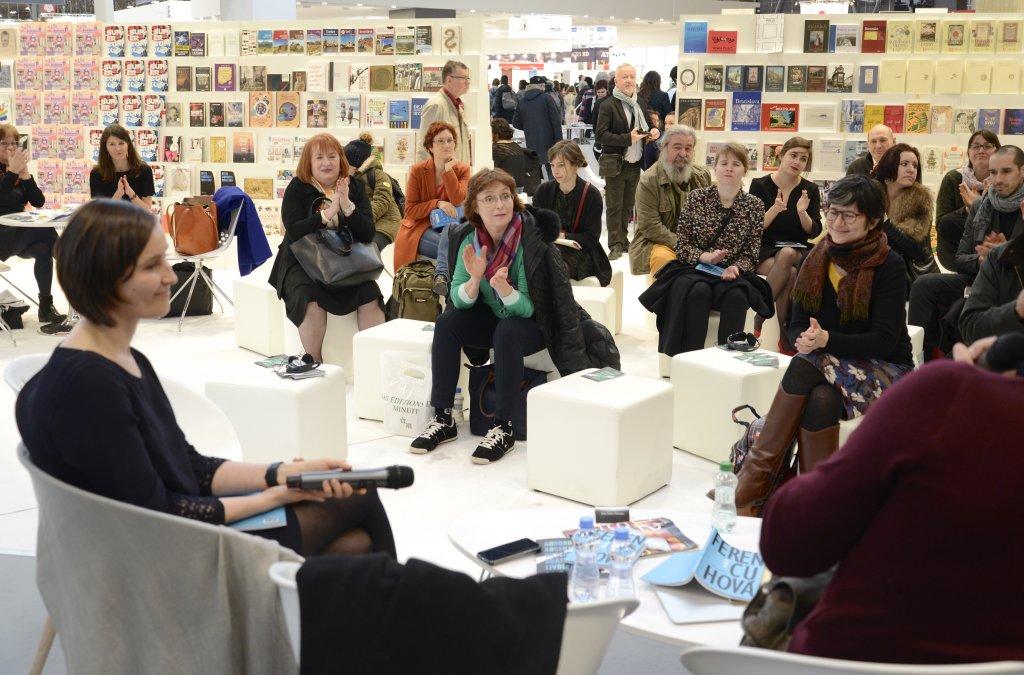 Na okraji, v centre, na Slovensku, v Paríži: reportáž z veľtrhu Livre Paris