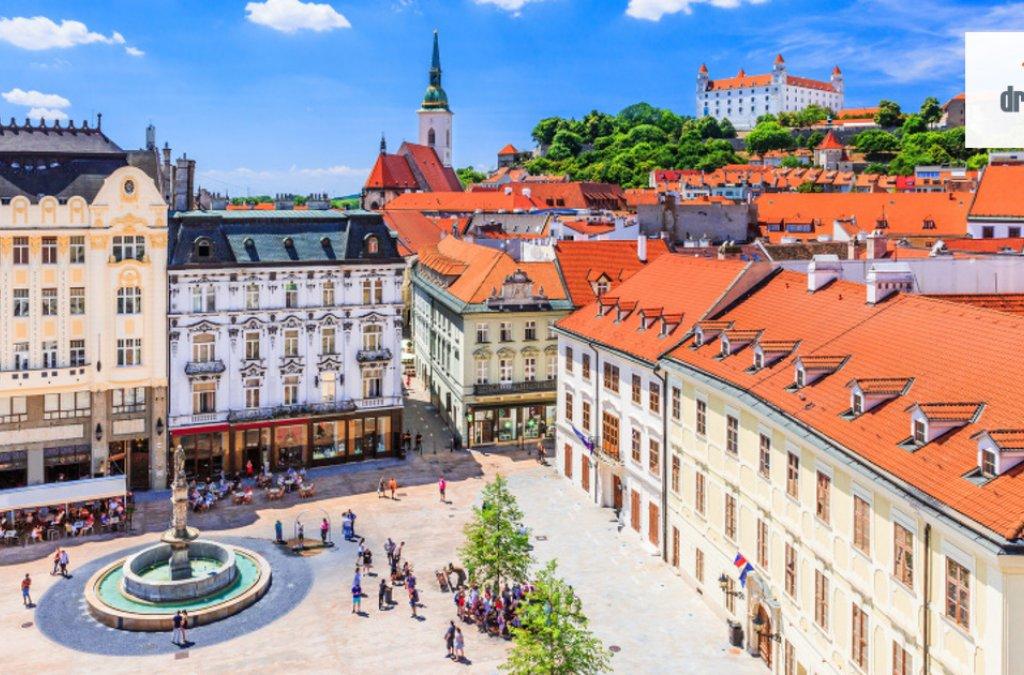 Štipendisti zkrajín V4 opäť vBratislave