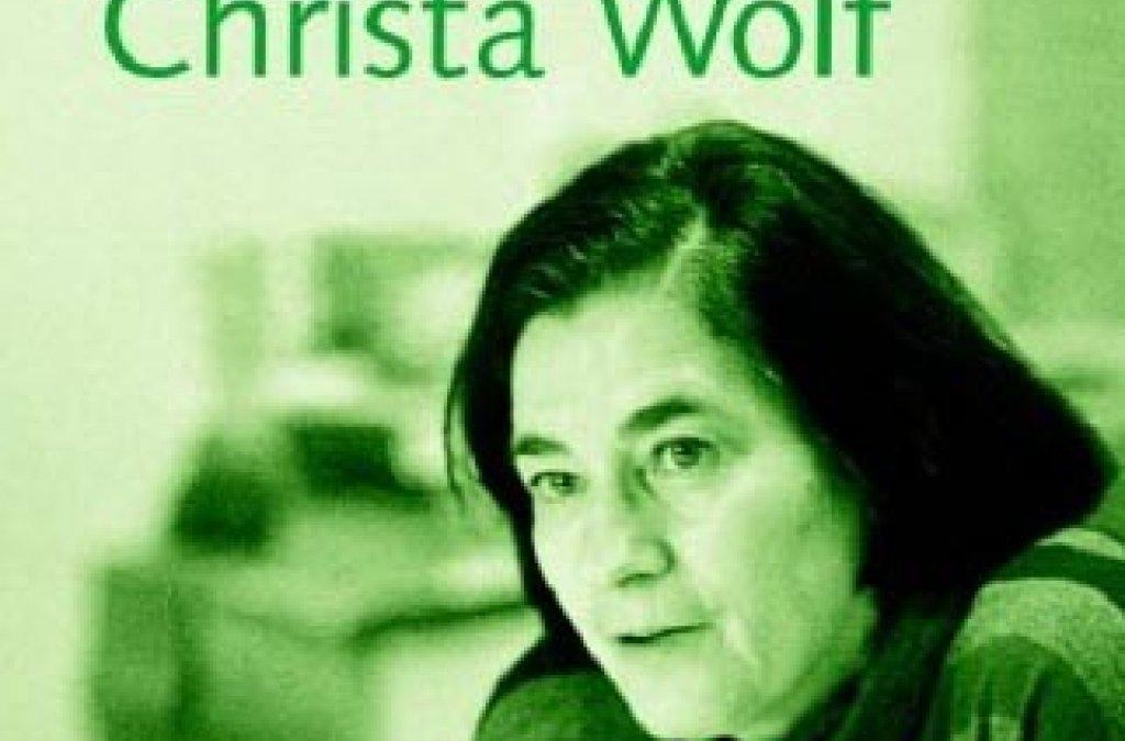 Jubilejná publikácia o Christe Wolfovej