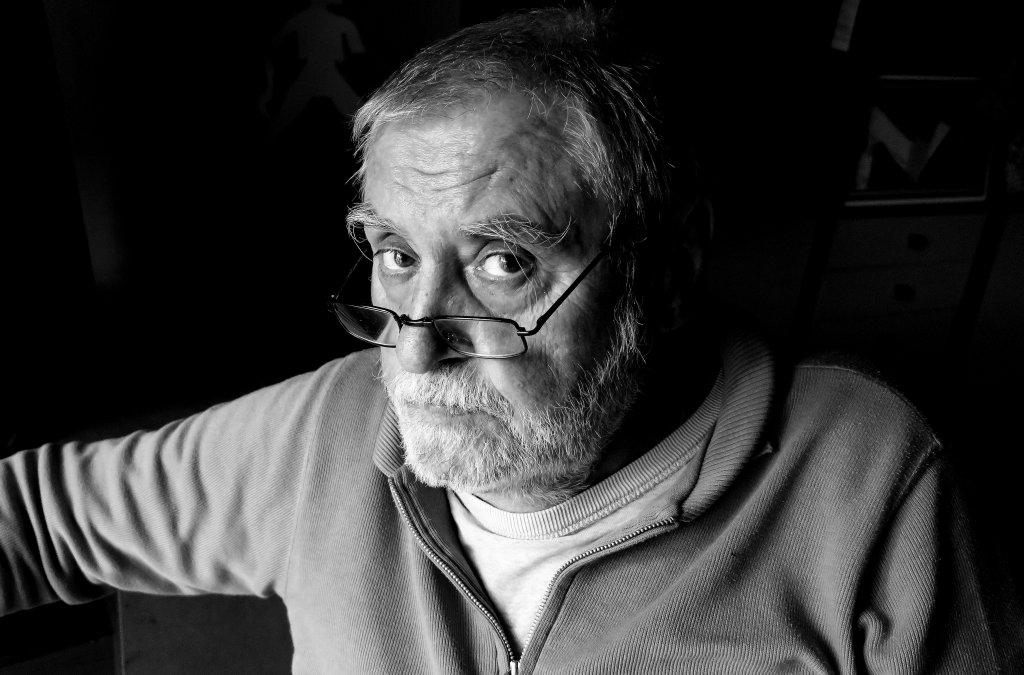 Zomrel spisovateľ Juraj Bindzár