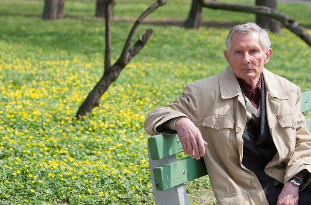 Zomrel spisovateľ Ladislav Ballek