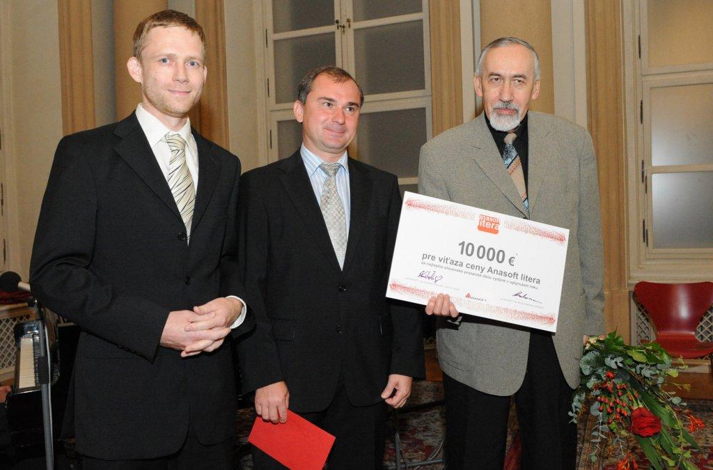 Víťazom Anasoft litera 2010 je Stanislav Rakús